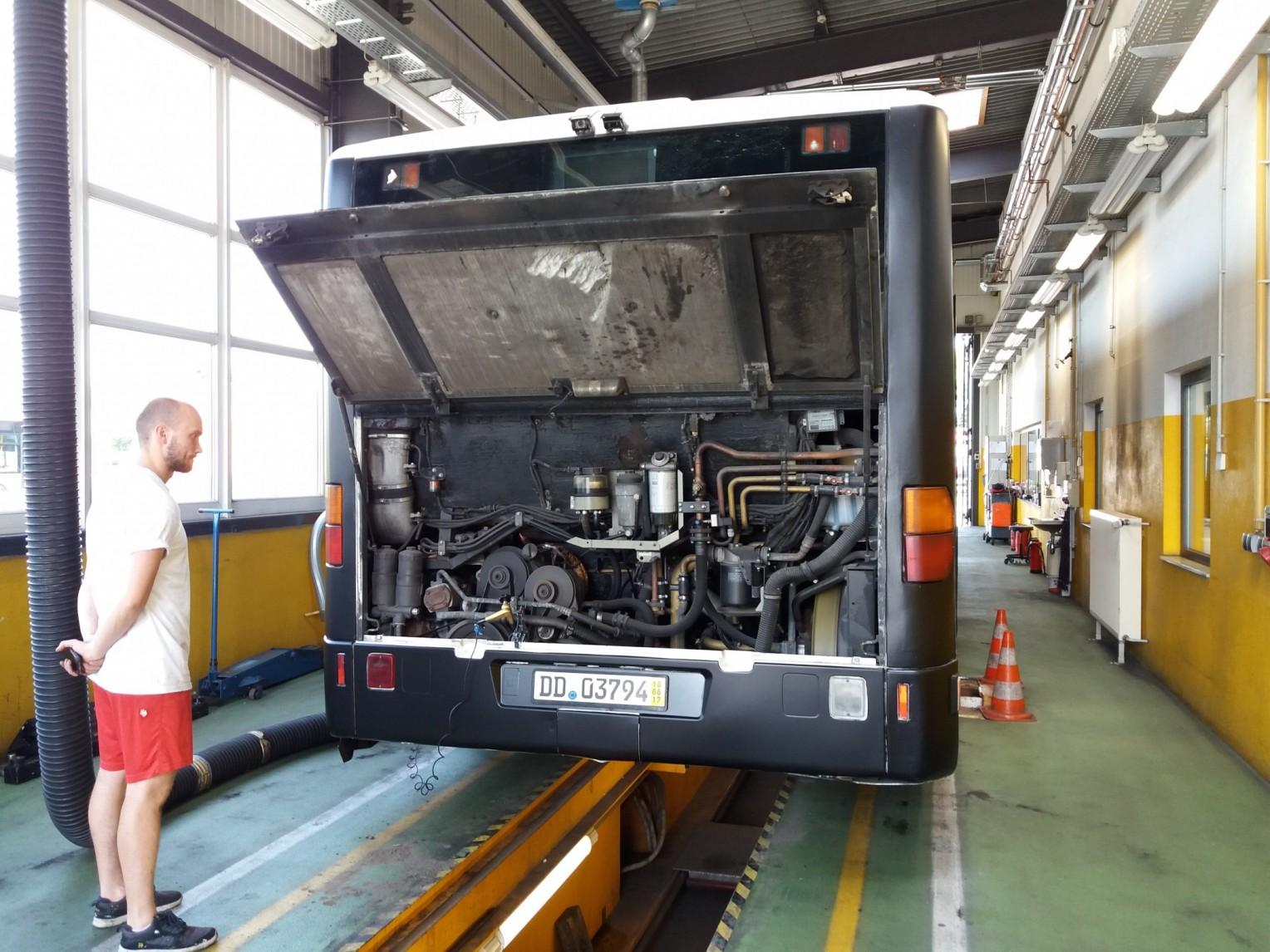 AdventureRooms on Tour Begutachtung und Durchsicht Escape Bus