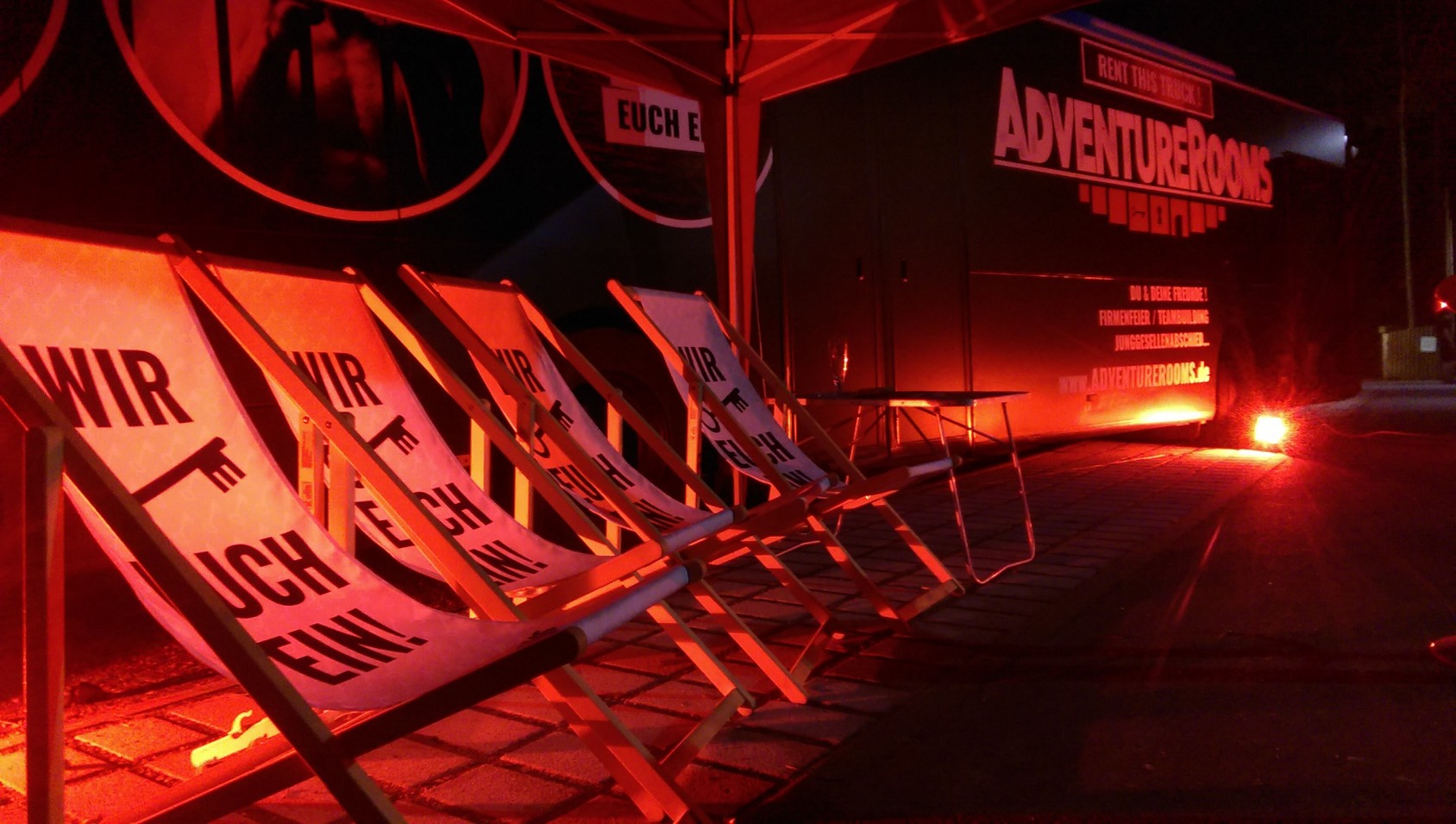 AdventureRooms on Tour Highlight private Veranstaltung mobiles Escape Game
