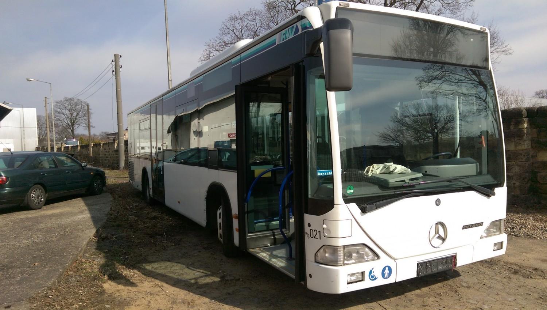 AdventureRooms on Tour Mercedes-Benz Bus für mobile Spiele
